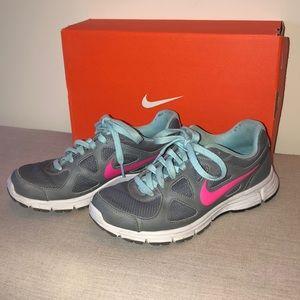 Women's Nike Revolution